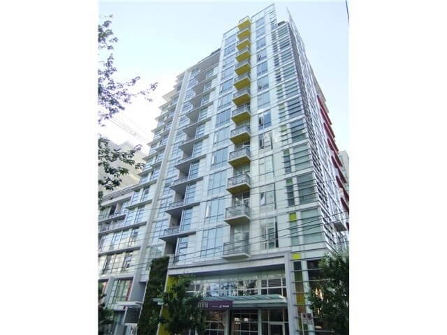 602-1205 Howe St, Vancouver BC